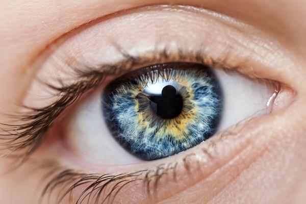 Мутация на радужке глаз